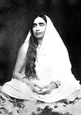 Sarada Devi photo, The Holy Mother, Shrine Pose S-1