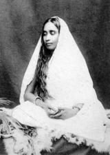 S-7 Sarada Devi Photograph (Looking down)